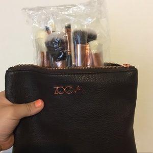 Zoeva makeup brush set and bag